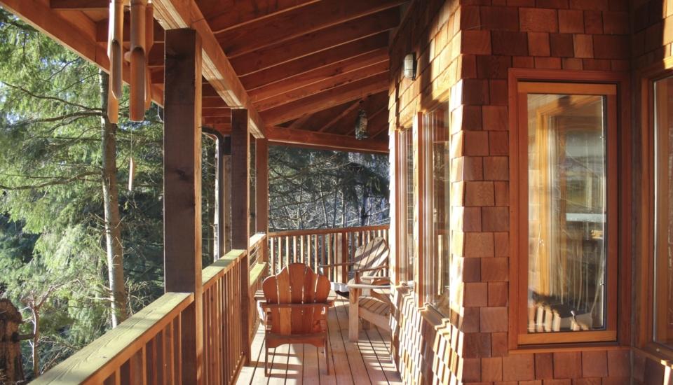 528 Harvey porch 1